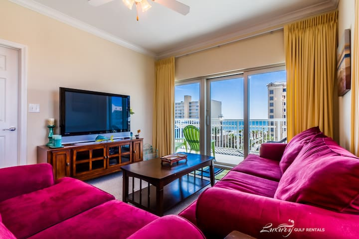 All reasonable offers considered for any stay. *Crystal Tower 409* - Gulf Shores - Byt