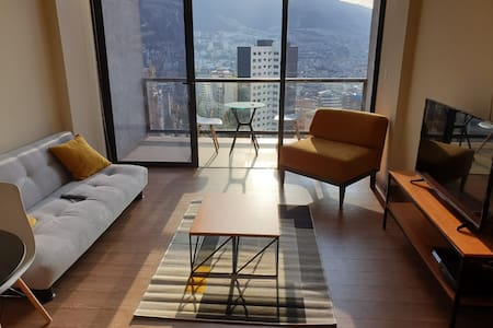 Loft with Spectacular View of the Andes, Quito