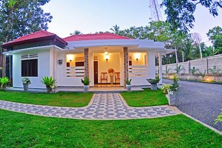 Dakshina Residence   4BR Villa