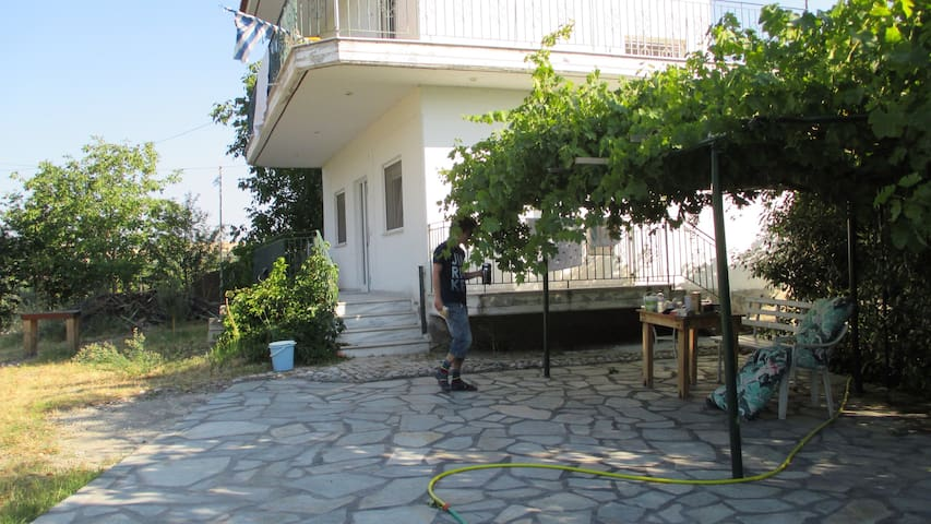 Nybyggt hus för långtidsuthyrning - Kalabaka - Dom