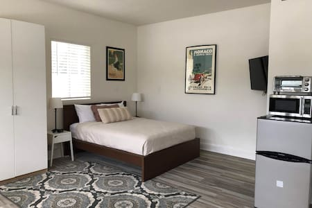 Private Studio near Little Saigon, Beaches, Disney