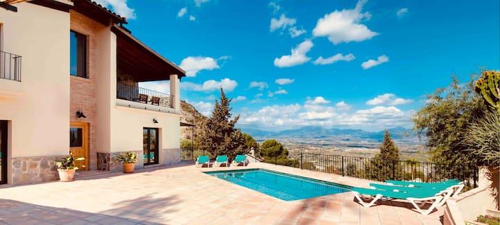 """NEW """"Country House Bradomín"""" near Málaga, WIFI"""
