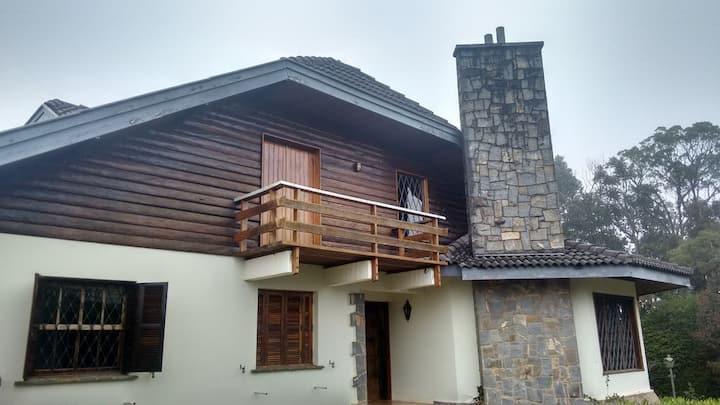 Uma casa aconchegante na Suíça Brasileira