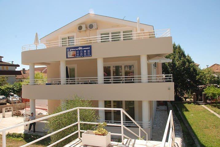 TROPICANA Apartment1 Near The Beach - Meljine - Appartement