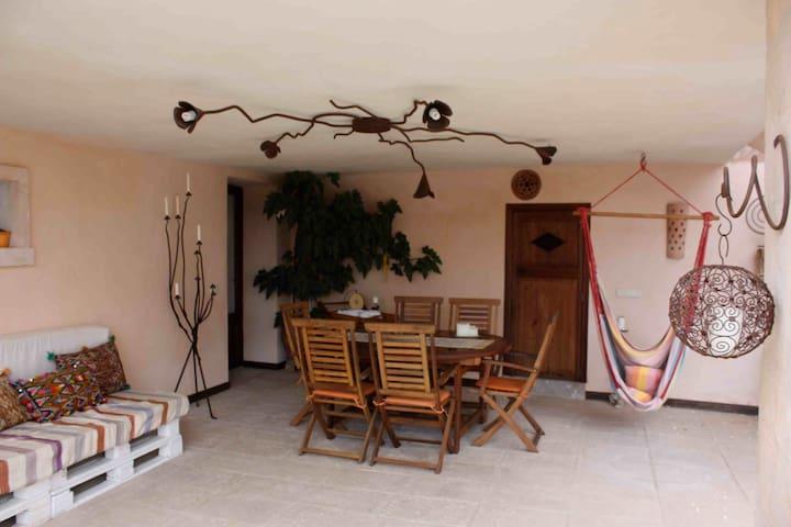 Casa vacacional en ambiente rural - Lloret de Vistalegre - Apartamento