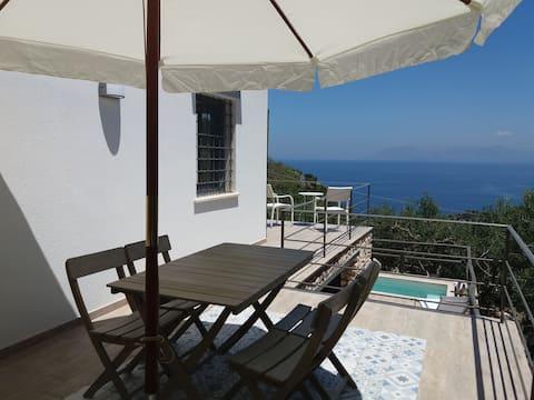 Cozy House in Scopello Zingaro...sea view