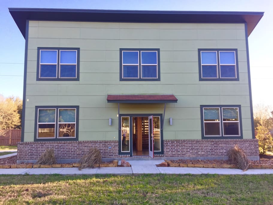 Comfy Apartment With A View Close To The Woodlands Guesthouses For Rent In Tomball Texas