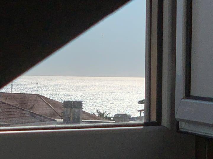 Vue Mer In Piazza Dante, centre- AC, elevator...
