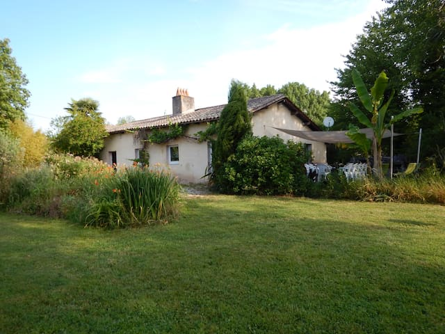 Grande Maison de Campagne - Saint-Antoine-sur-l'Isle - Rumah