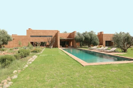 Luxury House in the heart of an olive grove - Marrakech