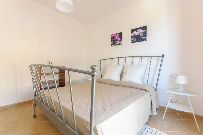 double-bed bedroom