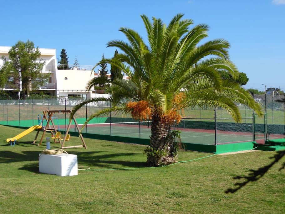 Tennis court & kids playground