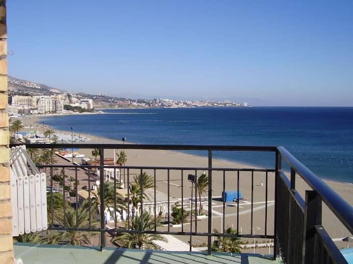 Beachfront. Magnificent views. All day sun.