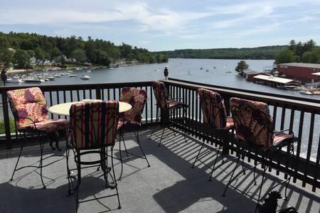 Luxury Lake Winnipesaukee Penthouse
