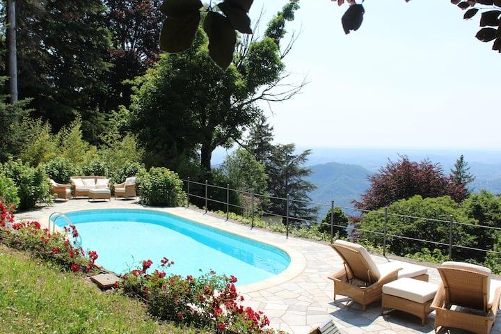 Villino Milli with Swimming Pool 013032-CNI-00011