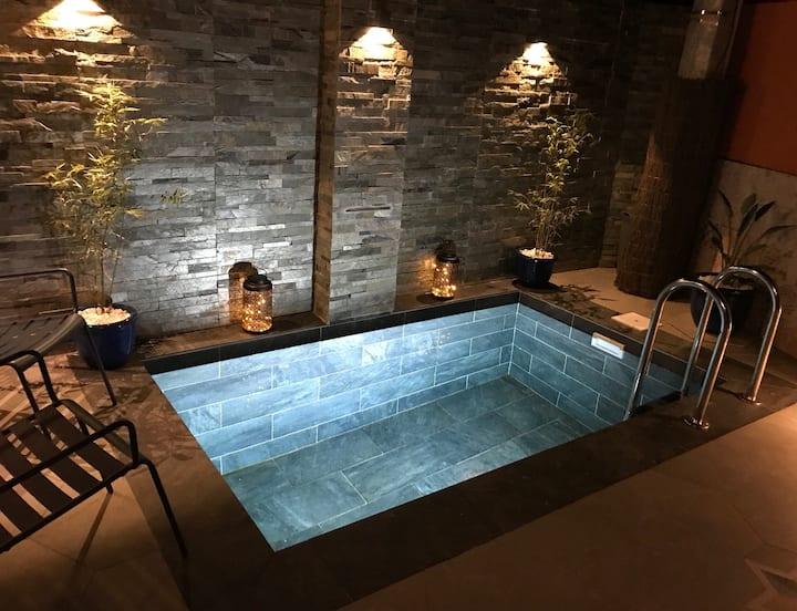 Studio 2/3pers clim piscine B Ou 2studios 4/6 pers
