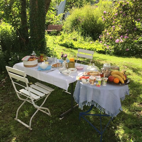 """Terrassenzimmer im """"au jardin"""""""