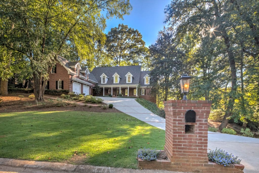 Gorgeous upscale home located in the prestigious Atlanta Country Club