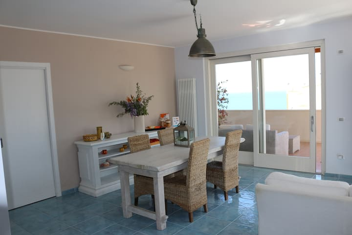 MARE DENTRO - Guest House - - Crotone - Leilighet