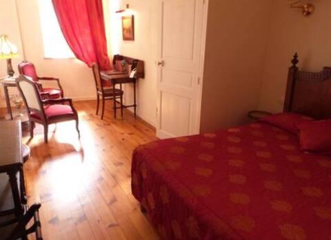Belle chambre Charme Indépendante (Entrée privée)