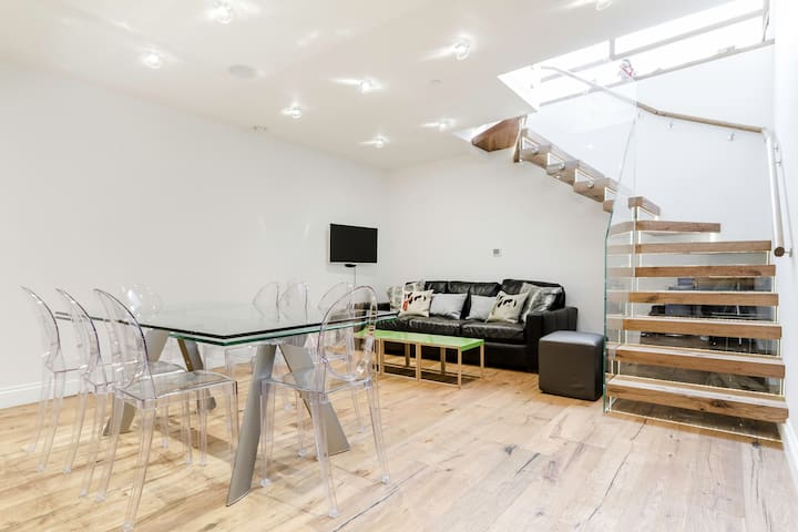 Exquisite Central Soho Apartment - London - Apartment