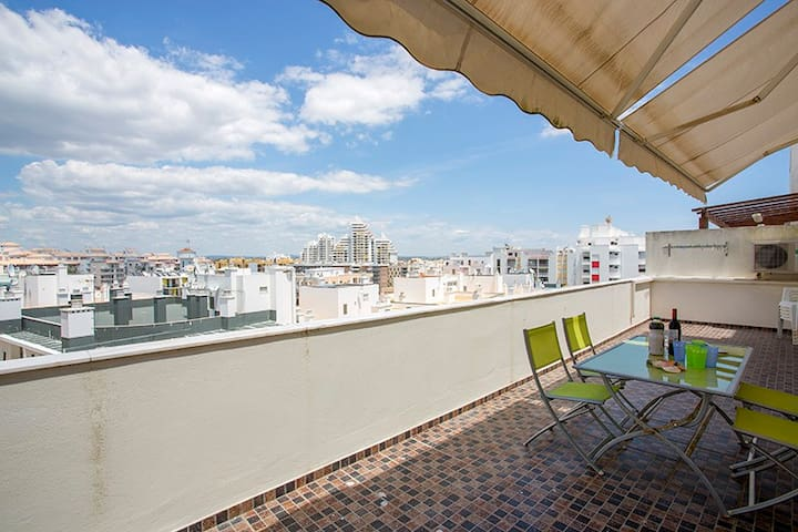 By The Beach, Duplex apartment. - Armação de Pêra - Daire