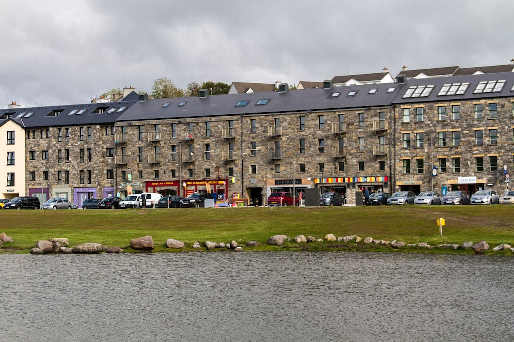 Seawharf Apts overlooking Clew Bay