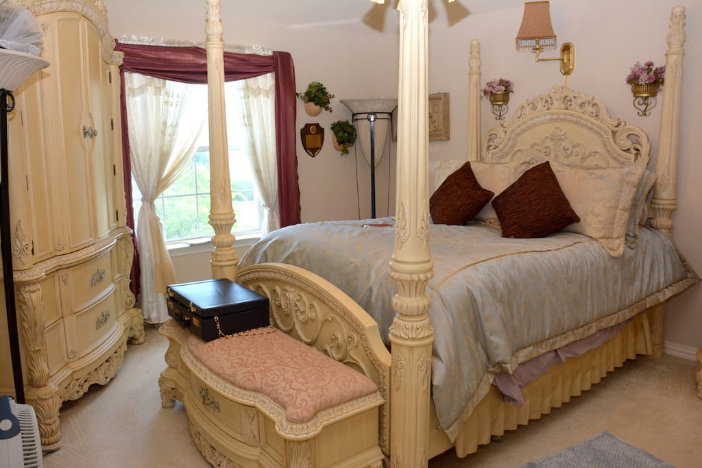 Luxurious Bedroom #1