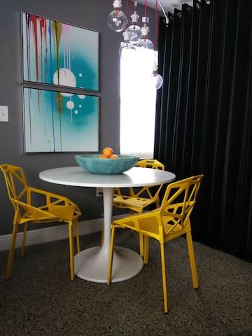 Trendy Private room in miami