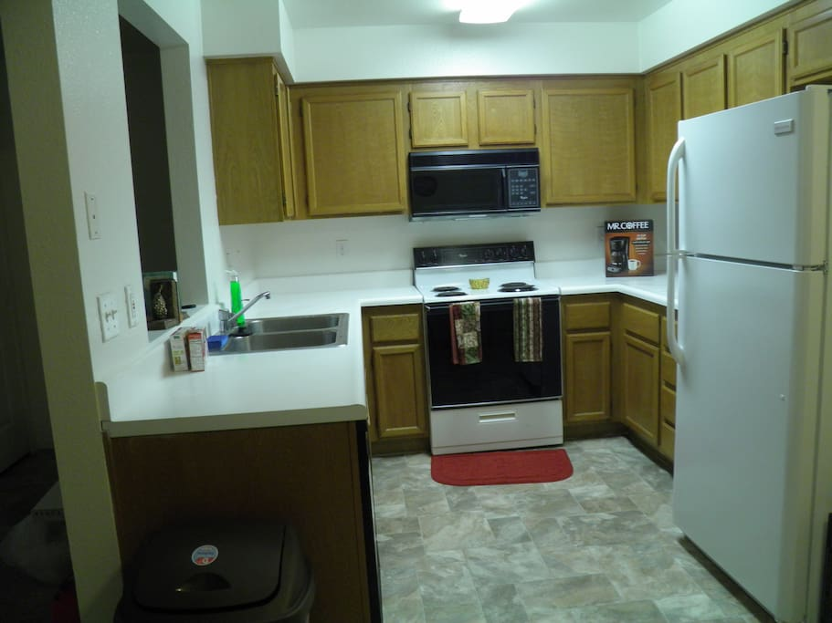 Full Kitchen-Including dinnerware and cookware