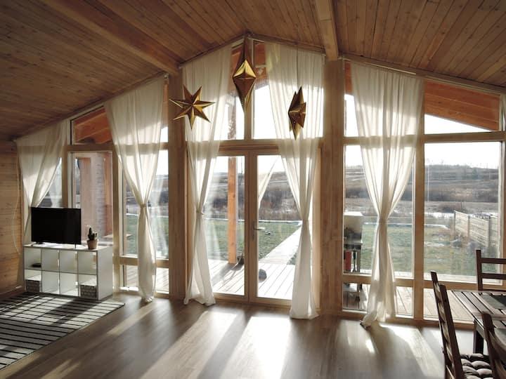 Дом с шикарным видом на долину и реку Камбулат