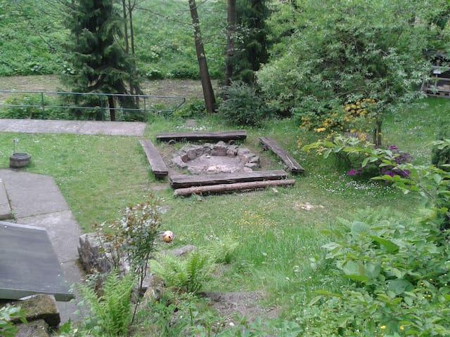 Urige Hütte in der Sächsischen Schweiz