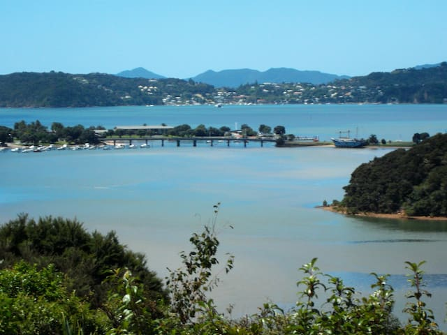 BAYVIEW  - APARTMENT  - PAIHIA - BAY OF ISLANDS