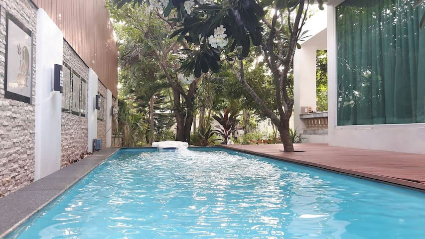 Room in Private house - Nonthaburi - Hus