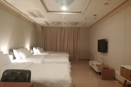 Suite B for the family @Myeongdong