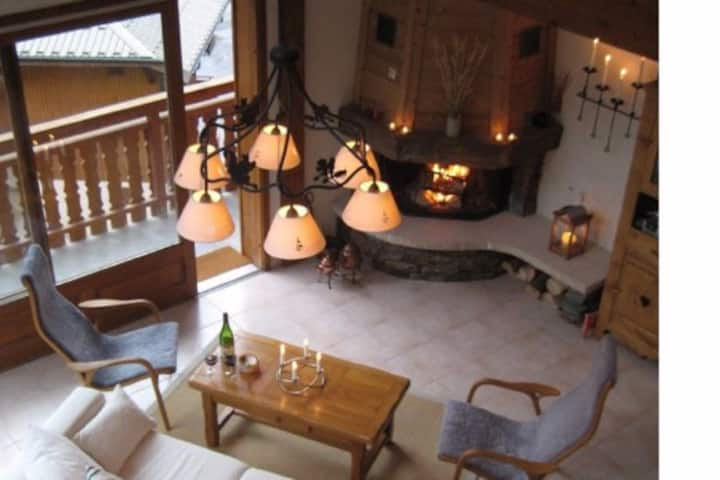 Luxury ski-in-ski-out apartment - Chalet Costina
