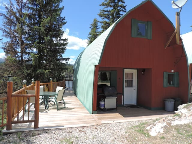 Infinity cabin 8