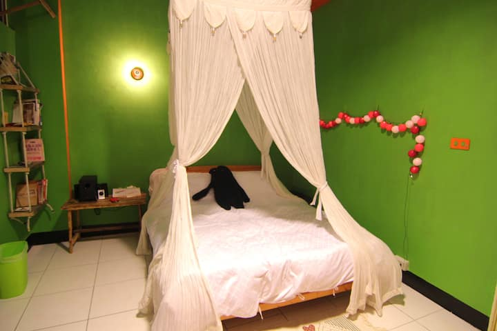 Groundnut Backpacker 3F Double Room