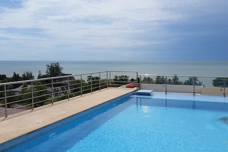 Luxury apartment top floor sea view - Cha-am - Lejlighed