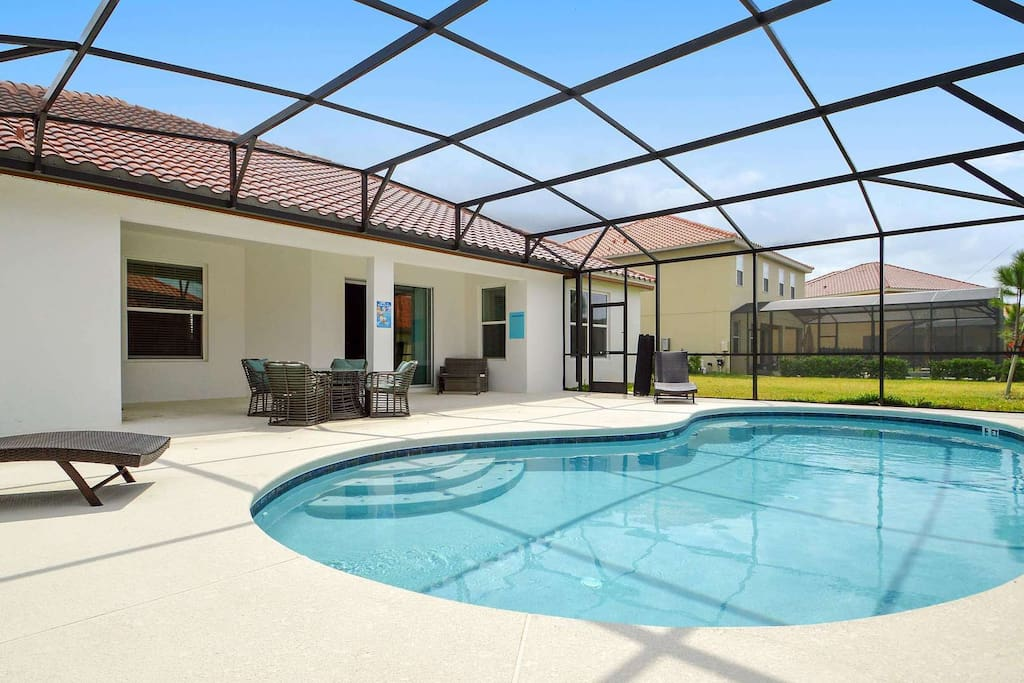 Here in Florida - we love the outdoor lifestyle (who wouldn't with our weather!). Enjoy your stay here and make sure to make full use of your own, private sparkling pool.
