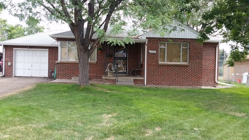 Spacious 2  bedroom Ranch home in old Westminster - Westminster - Casa