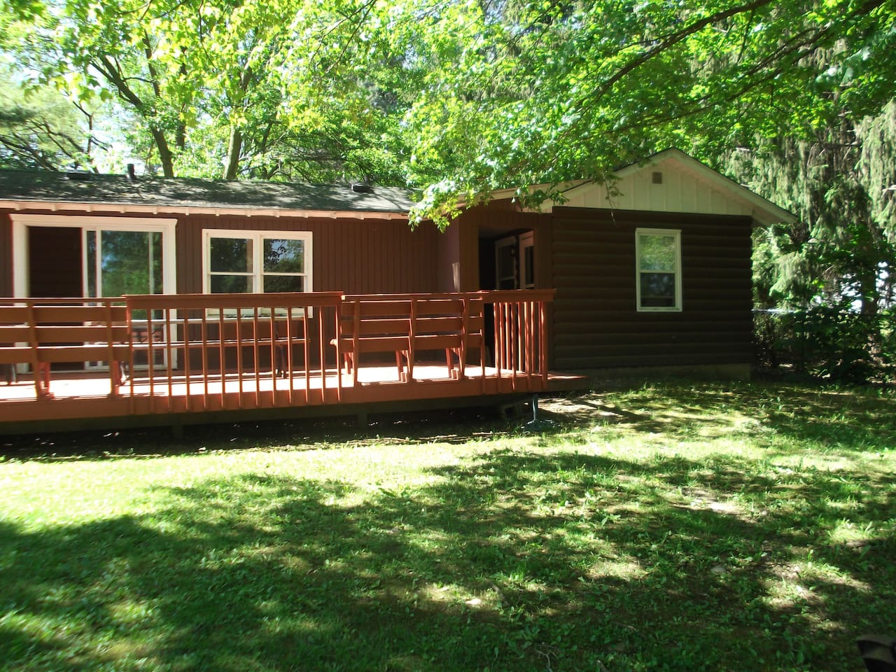 vacation aadis stay lake rentals cabins geneva