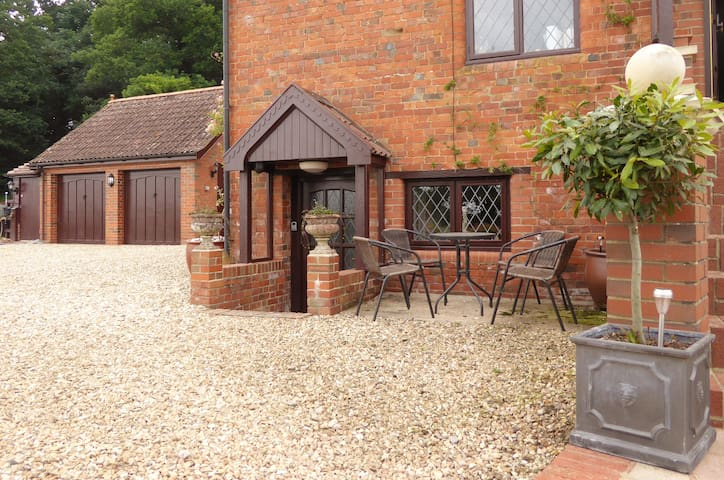 Waterside Mill Holiday Cottage