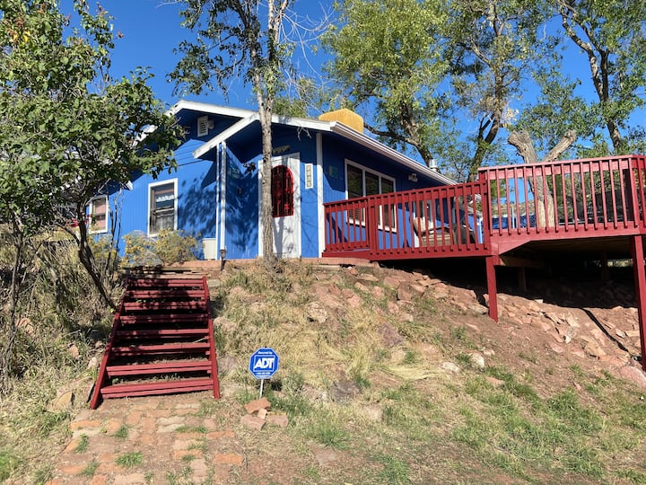 **Lakeview Cabin Hideaway @ Horsetooth**