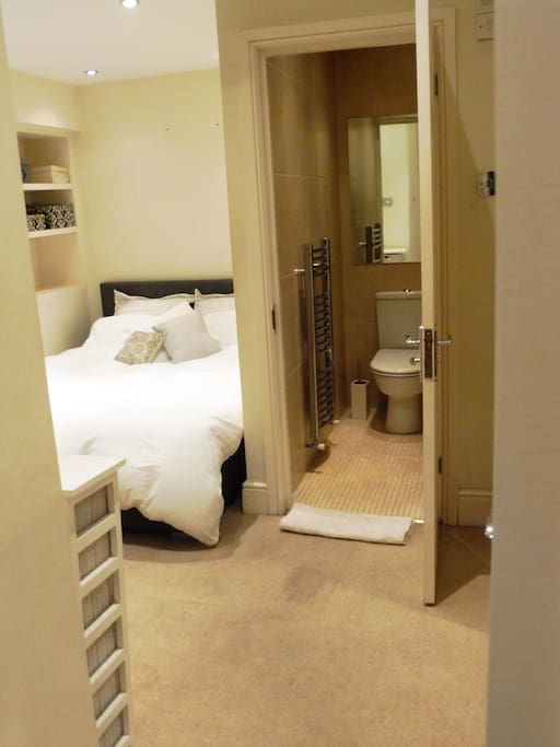 Double room with ensuite wet room.