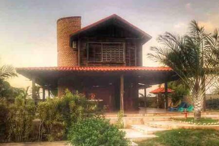 Casa na praia de Maceió com piscina!