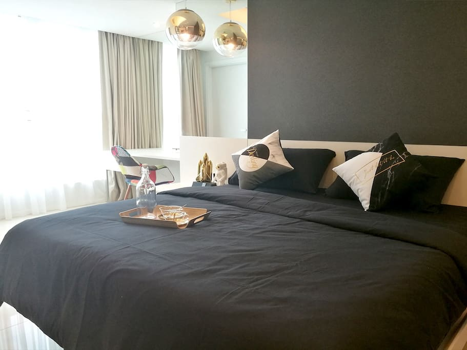 Lifestyle Suite | Master Bedroom