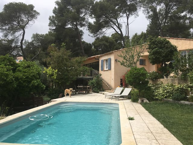 Logement au sein d'une villa à Ceyreste