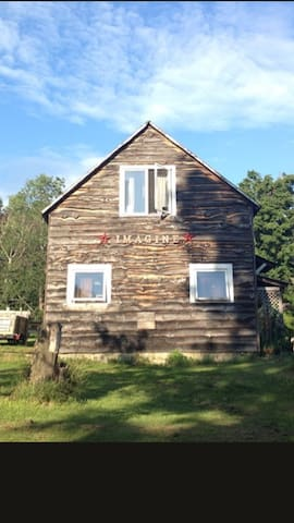 Charming Country Apartment on 20 ac - Johnson - Huoneisto