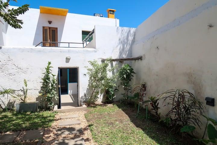 Beira Mar Beach House - Casa Coral